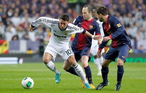 Barca muốn có được Mesut Ozil ngay tháng 1