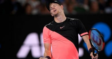 """Edmund lại """"gieo sầu"""" cho Quần vợt Anh tại vòng 1 Davis Cup"""