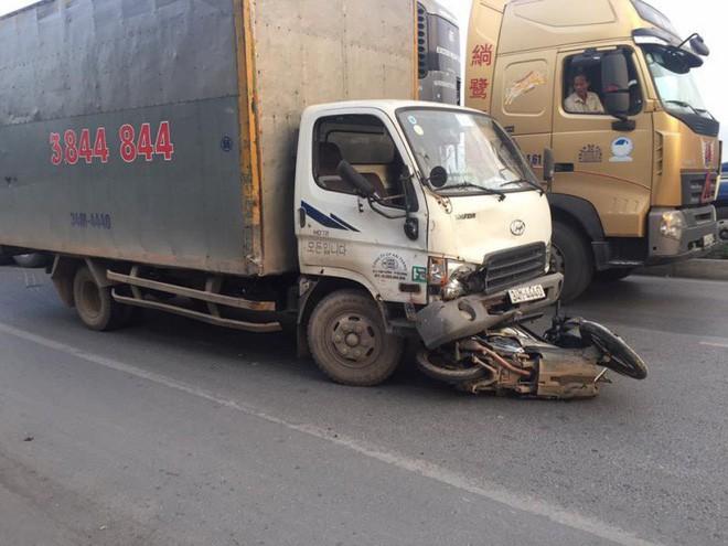 Người đàn ông đứt lìa đầu sau tai nạn giao thông liên hoàn
