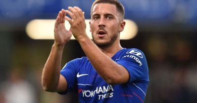 Tin bóng đá 18/10: Chelsea sẽ làm tất cả để giữ chân Hazard