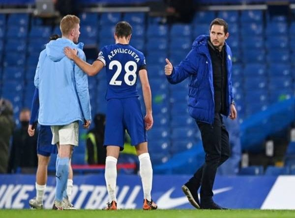 Tin sáng 4/1: Lampard chấn chỉnh học trò ngay trong phòng thay đồ