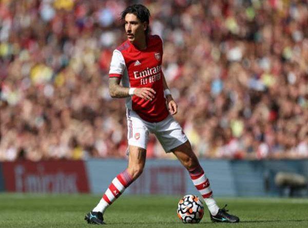Tin thể thao 2/8: CĐV Arsenal kêu gọi tống cổ một cái tên
